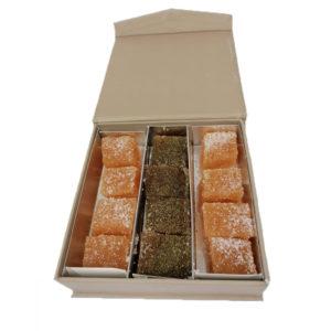 Petits carrés de coings à la Reine des Préset au thé d'Aubrac